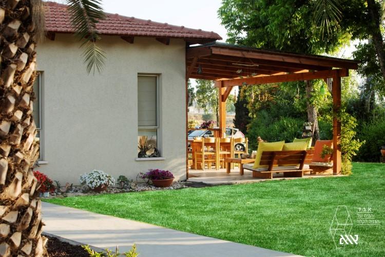 בית משפחת אלגביש - מושב מגשימים