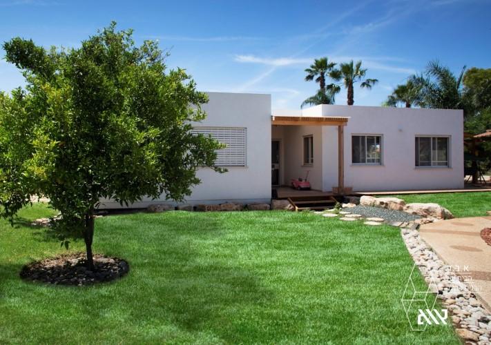 בית משפחת יניב - מושב דבורה