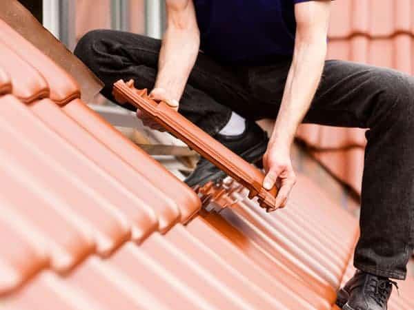תיקון גגות רעפים בבניה קלה